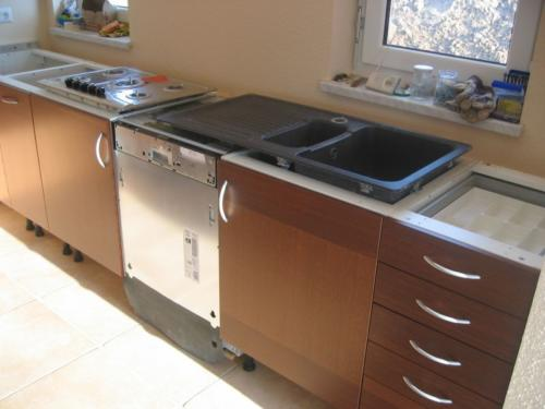 2005-05-15 Kücheneinbau